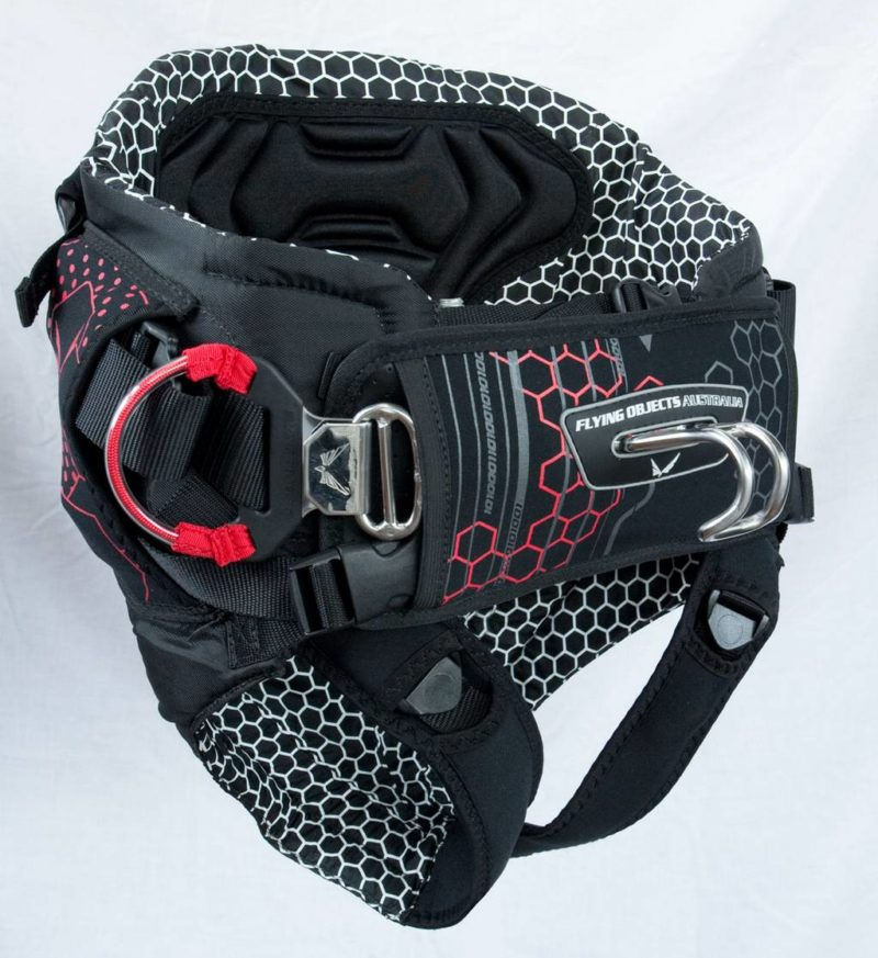 Features: side tension buckles, neo leg straps, front buckle closure and quick release hook.